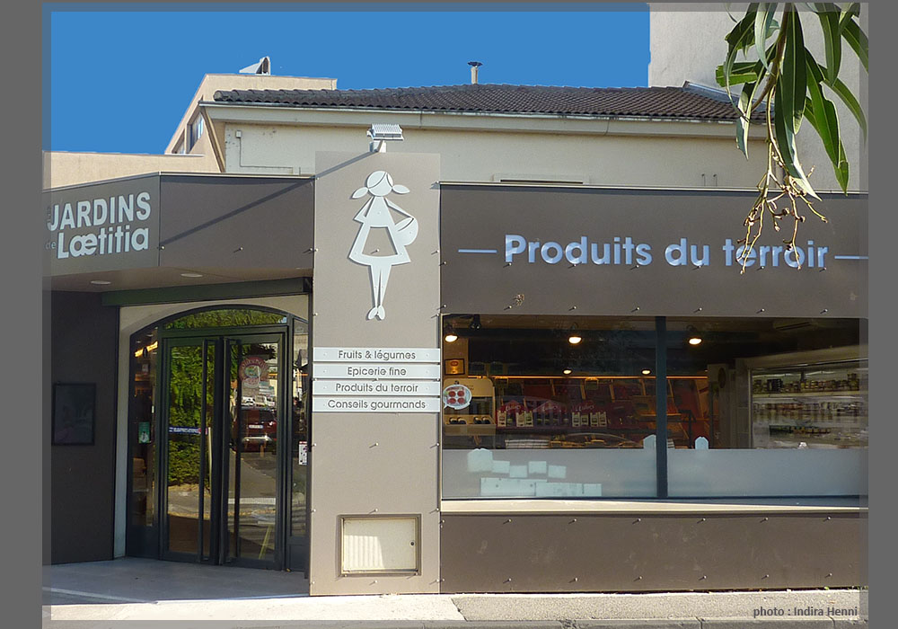 Les Jardins de Laetitia_2 facades.jpg